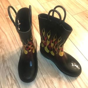 SOLD - Sketchers Flame Rain Boots